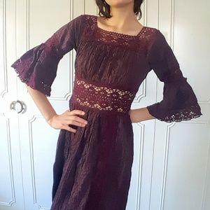 True vintage 60's crochet lace trimmed dress